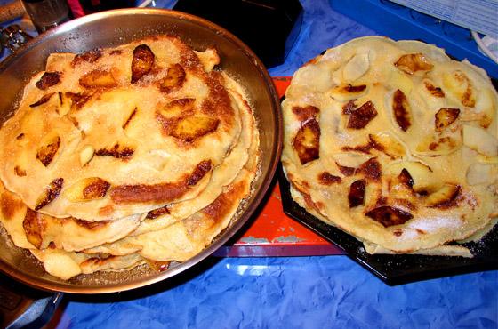 Wärmeplatte Küche | Apfelpfannkuchen